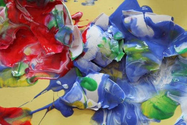 Eggshell SMASH Painting! (Paint-Filled Eggshells)