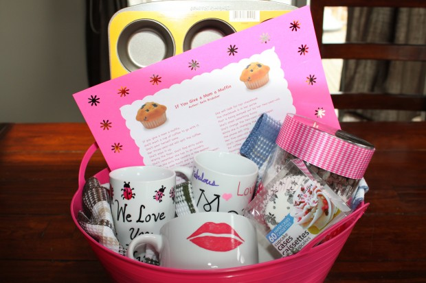 """""""If You Give a Mom a Muffin"""" for Mother's Day!"""
