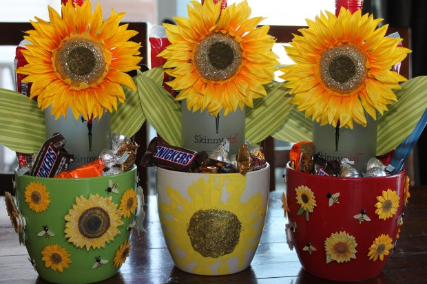 DIY Mother's Day Gift: Happy Hour Flowers