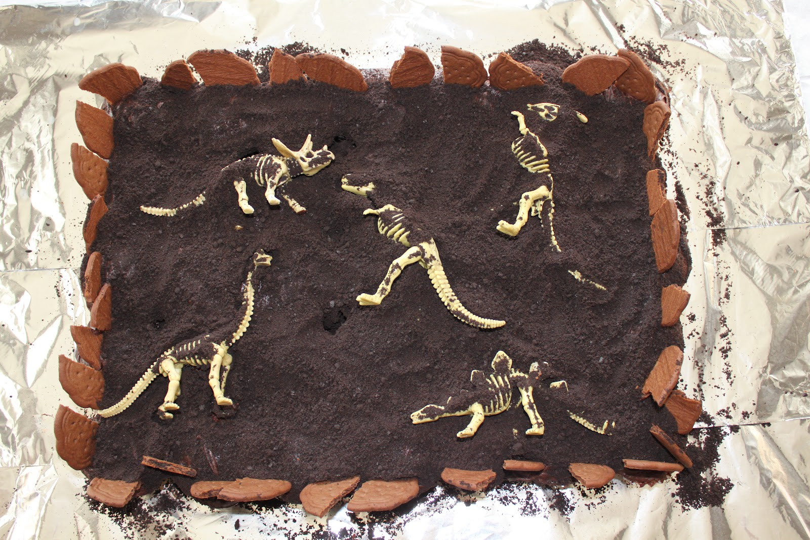 Dinosaur Dig Cake Ideas For Birthdays