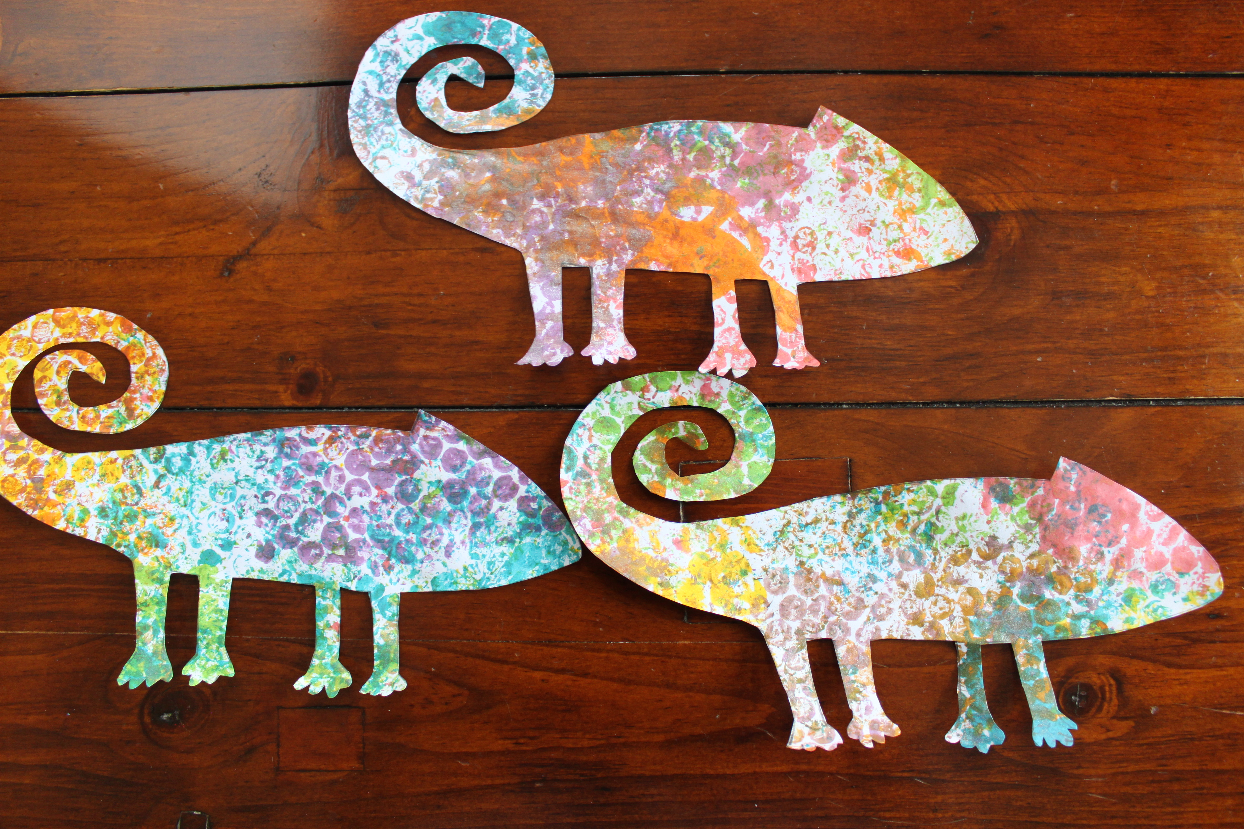 Fddd A F D Acde D F B Preschool Printables Preschool Classroom in addition D Ae Af A Aa Ec C E A Cae Ff Chameleon Template Free Printable Eric Carle further Img as well Lcdjjjzgi as well Preschool Art Based On The Book The Mixed Up Chameleon By Eric Carle. on preschool chameleon art