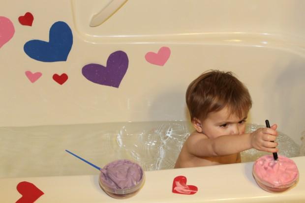 Bathtub Play: Decorating Hearts