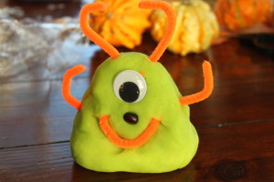 Halloween Playdough 8